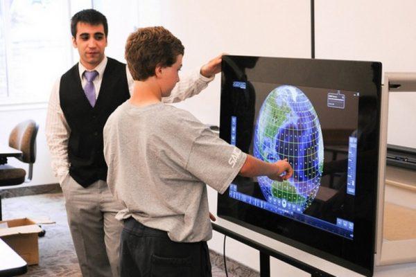 Experiencias | Simposio: Innovación con TIC en la escuela secundaria